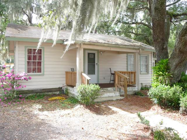 3403 St Johns Ave, Palatka, FL 32177 (MLS #1039360) :: EXIT Real Estate Gallery