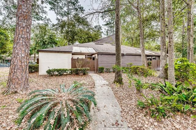 10409 Big Tree Cir E, Jacksonville, FL 32257 (MLS #1039549) :: The Volen Group | Keller Williams Realty, Atlantic Partners