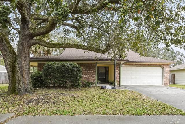 4517 Crosstie Rd N, Jacksonville, FL 32257 (MLS #1039594) :: The Volen Group | Keller Williams Realty, Atlantic Partners