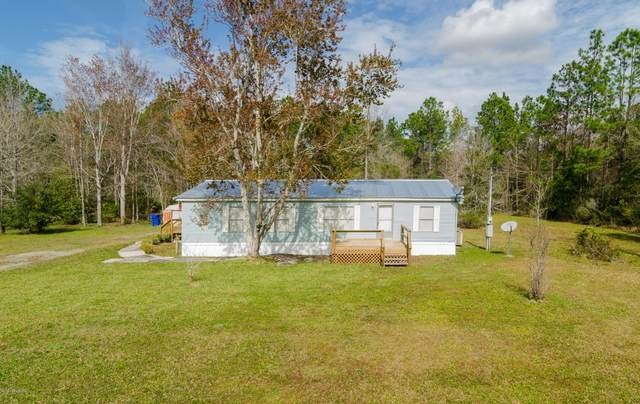 4240 Kristen St, Hastings, FL 32145 (MLS #1039675) :: The Hanley Home Team