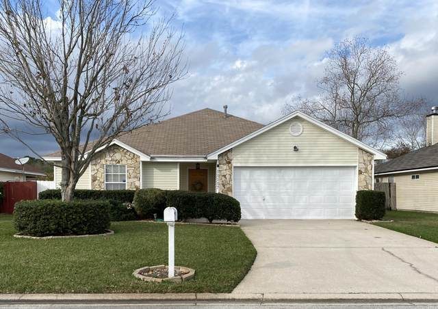 11117 Lord Taylor Dr, Jacksonville, FL 32246 (MLS #1039681) :: Memory Hopkins Real Estate