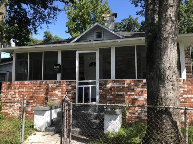 1555 W 6TH St, Jacksonville, FL 32209 (MLS #1040228) :: 97Park