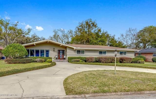 2253 Miller Oaks Dr N, Jacksonville, FL 32217 (MLS #1040417) :: The Perfect Place Team