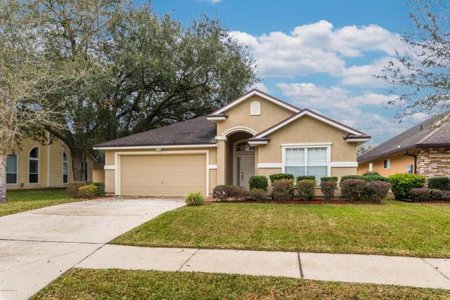 947 Steeplechase Ln, Orange Park, FL 32065 (MLS #1040457) :: The Every Corner Team | RE/MAX Watermarke