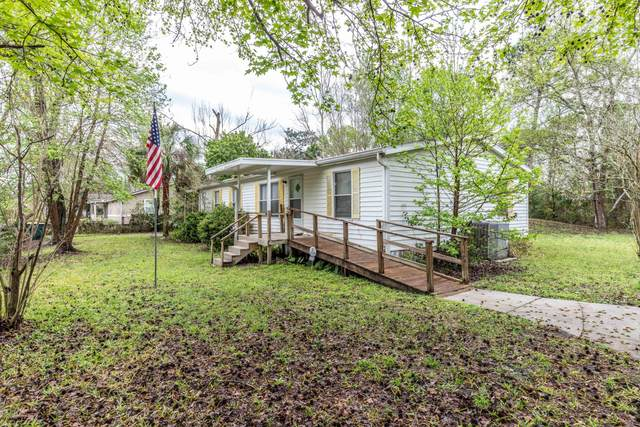 13708 Macapa Rd, Jacksonville, FL 32224 (MLS #1040460) :: The Every Corner Team | RE/MAX Watermarke