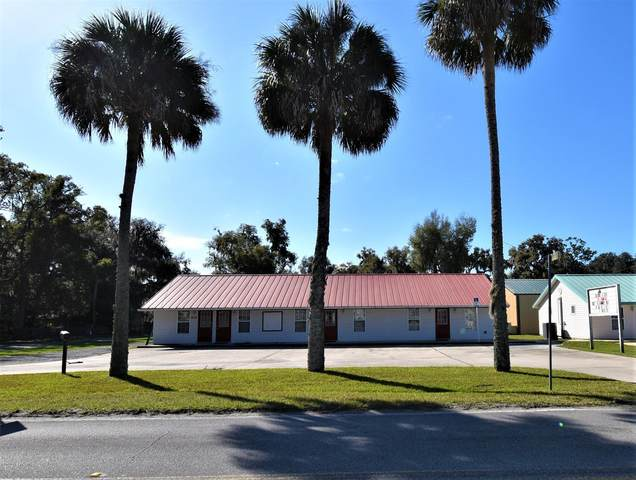 413 Elm St, Welaka, FL 32193 (MLS #1042242) :: Memory Hopkins Real Estate