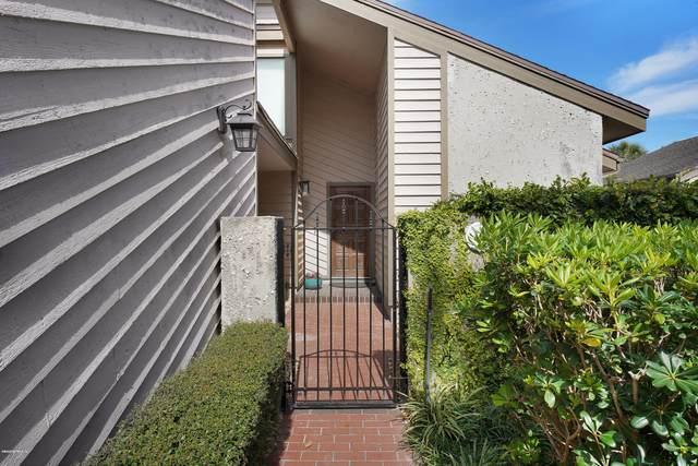 109 Lake Julia Dr N, Ponte Vedra Beach, FL 32082 (MLS #1042427) :: The Volen Group, Keller Williams Luxury International