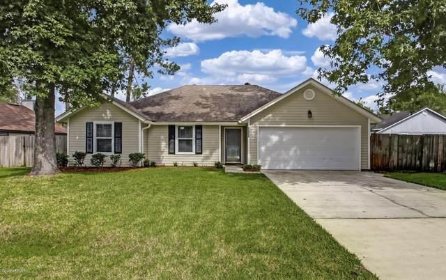 10825 Pine Acres Rd, Jacksonville, FL 32257 (MLS #1042916) :: EXIT Real Estate Gallery