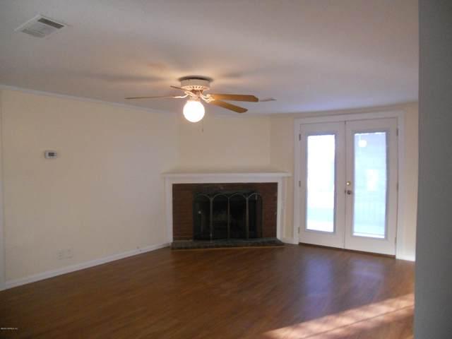 2177 Lake Dr And #1, Jacksonville, FL 32246 (MLS #1043642) :: Bridge City Real Estate Co.