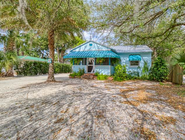 8 Coquina Ave, St Augustine, FL 32080 (MLS #1043721) :: The Hanley Home Team