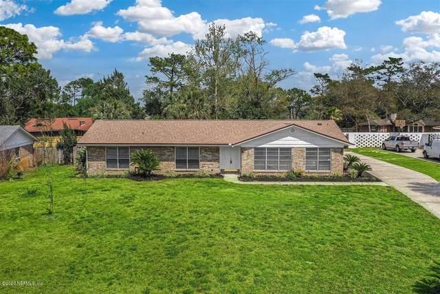 198 Foxridge Rd, Orange Park, FL 32065 (MLS #1044086) :: The Every Corner Team