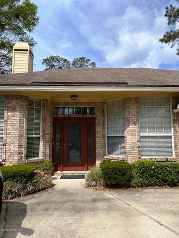 1554 Shelter Cove Dr, Orange Park, FL 32003 (MLS #1044543) :: EXIT Real Estate Gallery