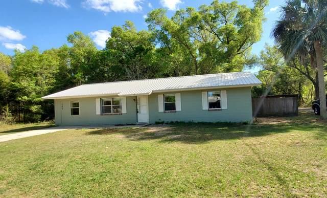 509 E Tremont St, Interlachen, FL 32148 (MLS #1044865) :: The Hanley Home Team