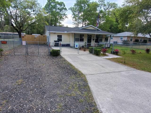 601 SW Naha St, Keystone Heights, FL 32656 (MLS #1045393) :: The Hanley Home Team
