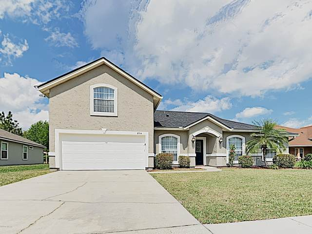 2714 Royal Pointe Dr, GREEN COVE SPRINGS, FL 32043 (MLS #1045893) :: Summit Realty Partners, LLC