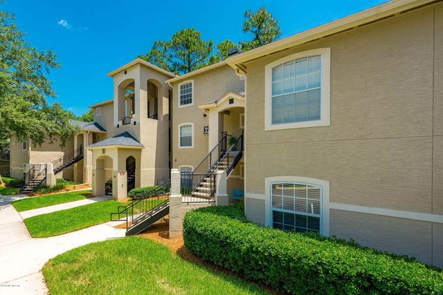 1655 The Greens Way #3213, Jacksonville Beach, FL 32250 (MLS #1046462) :: The Hanley Home Team