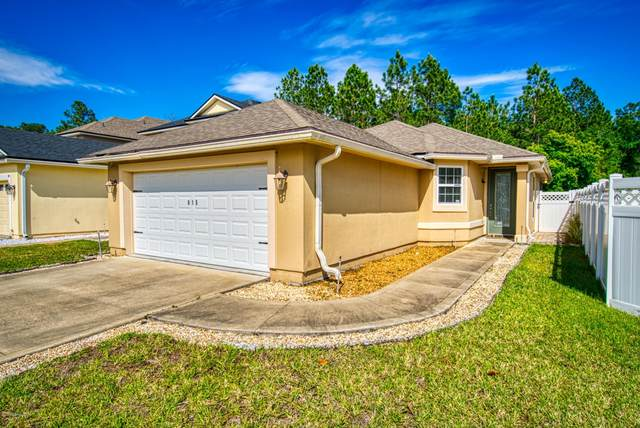 815 Glendale Ln, Orange Park, FL 32065 (MLS #1047066) :: The DJ & Lindsey Team