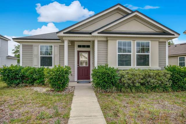 484 Vineyard Ln, Orange Park, FL 32073 (MLS #1047119) :: The DJ & Lindsey Team