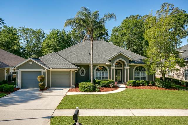 1684 Pinecrest Dr, Fleming Island, FL 32003 (MLS #1047133) :: The Perfect Place Team