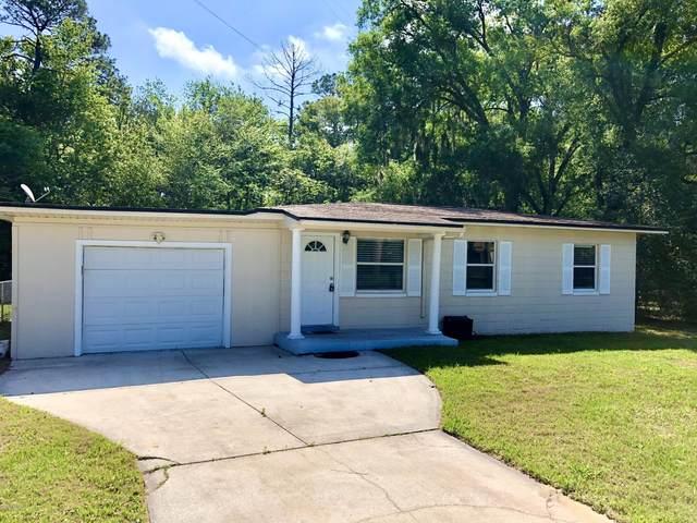 4047 Eve Dr E, Jacksonville, FL 32246 (MLS #1047156) :: Berkshire Hathaway HomeServices Chaplin Williams Realty