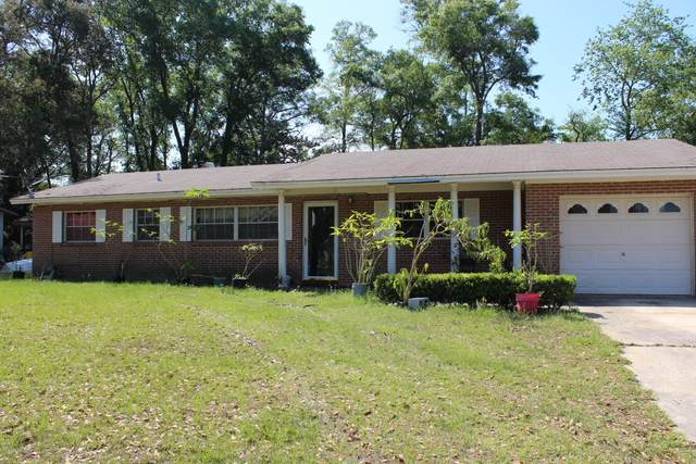 212 Neptune Rd, Orange Park, FL 32073 (MLS #1047440) :: EXIT Real Estate Gallery