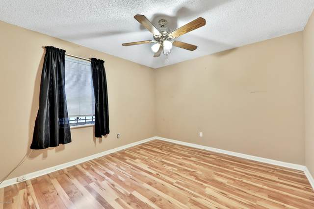 3173 Ricky Dr, Jacksonville, FL 32223 (MLS #1047650) :: The Perfect Place Team