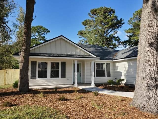 1417 Robin Hood Dr, Fernandina Beach, FL 32034 (MLS #1047774) :: EXIT Real Estate Gallery