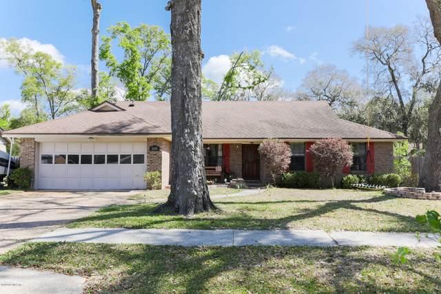 3149 Lakeside Villa Dr, Orange Park, FL 32073 (MLS #1048209) :: EXIT Real Estate Gallery