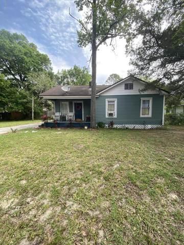 9257 7TH Ave, Jacksonville, FL 32208 (MLS #1048249) :: The Hanley Home Team