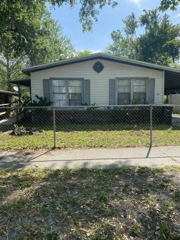 7611 Mccowan Dr, Jacksonville, FL 32244 (MLS #1048488) :: Bridge City Real Estate Co.