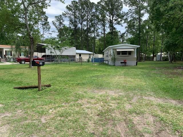 116 Islander Ln, Satsuma, FL 32189 (MLS #1049067) :: EXIT Real Estate Gallery