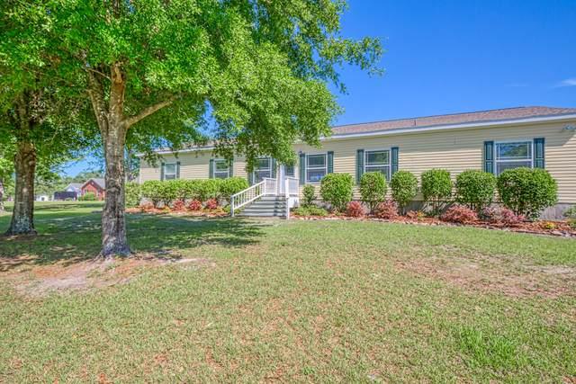 17754 Andrews Rd, Hilliard, FL 32046 (MLS #1050050) :: The Hanley Home Team