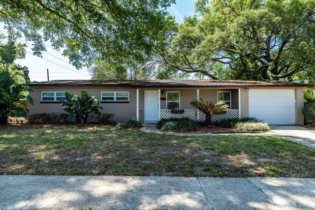 7408 Burlingame Dr S, Jacksonville, FL 32211 (MLS #1051568) :: The Hanley Home Team