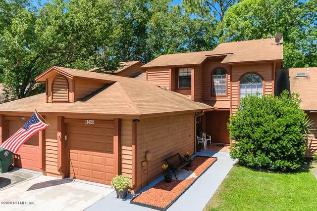 11428 Squire Way Ln, Jacksonville, FL 32223 (MLS #1053127) :: EXIT Real Estate Gallery