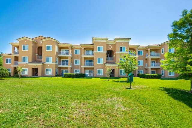 560 Florida Club Blvd #207, St Augustine, FL 32084 (MLS #1053271) :: Memory Hopkins Real Estate