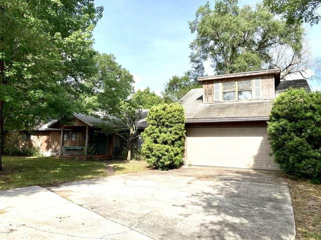 1671 Old Middleburg Rd N, Jacksonville, FL 32210 (MLS #1053757) :: The Hanley Home Team