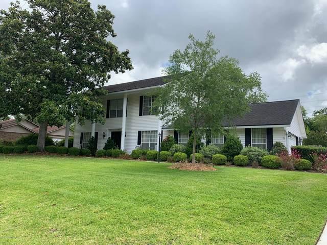 359 Perthshire Dr, Orange Park, FL 32073 (MLS #1054068) :: The Hanley Home Team