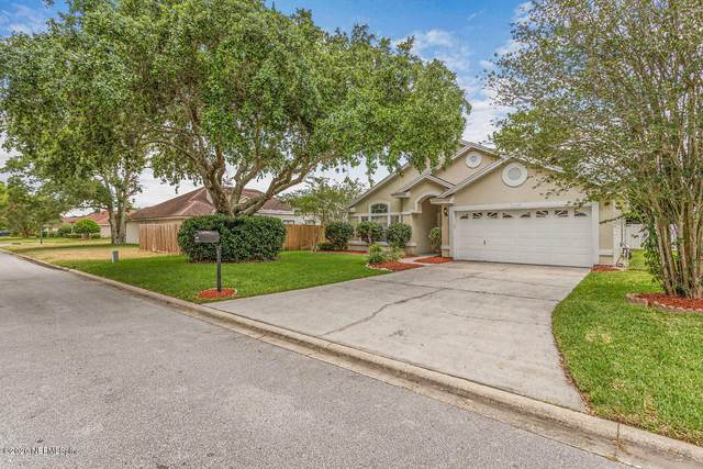 2340 Companion Cir E, Jacksonville, FL 32224 (MLS #1054788) :: Bridge City Real Estate Co.