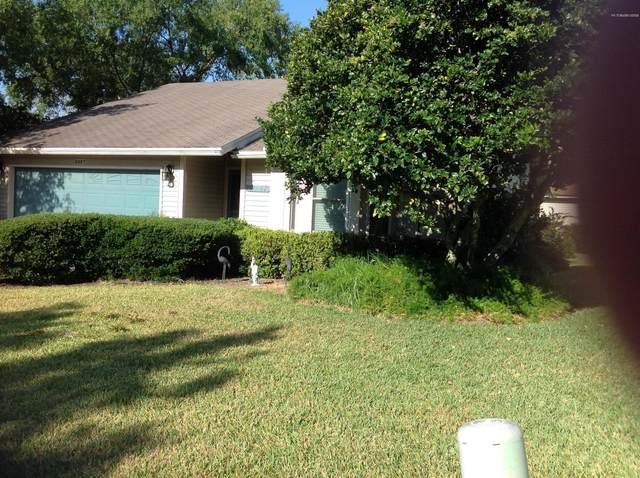 2057 Tanager Dr, Orange Park, FL 32073 (MLS #1054843) :: The Hanley Home Team