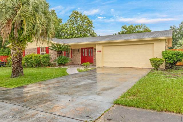 1014 Grove Park Dr S, Orange Park, FL 32073 (MLS #1055006) :: Berkshire Hathaway HomeServices Chaplin Williams Realty