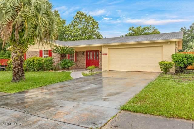 1014 Grove Park Dr S, Orange Park, FL 32073 (MLS #1055006) :: The Hanley Home Team
