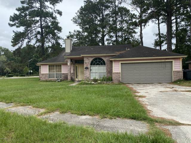 3951 Victoria Landing Dr N, Jacksonville, FL 32208 (MLS #1055256) :: Berkshire Hathaway HomeServices Chaplin Williams Realty