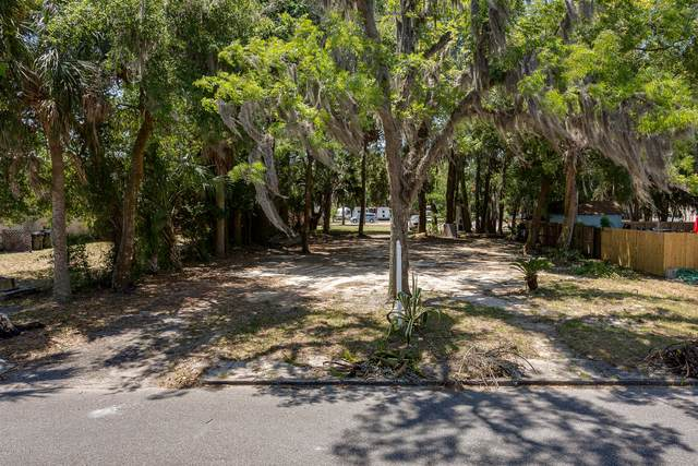 513 Palmer St, GREEN COVE SPRINGS, FL 32043 (MLS #1055592) :: The Perfect Place Team