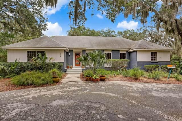 304 17TH St, Fernandina Beach, FL 32034 (MLS #1055662) :: EXIT Real Estate Gallery