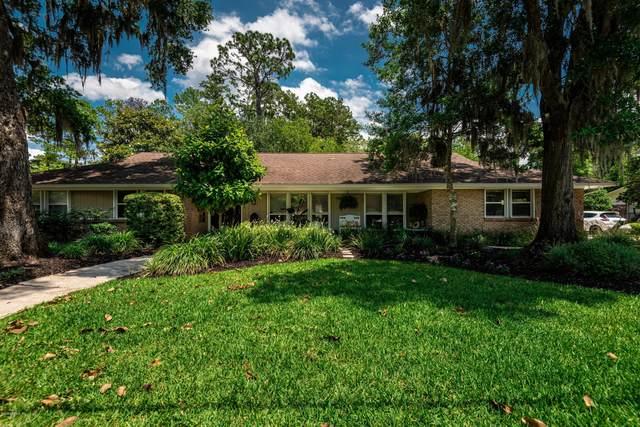 8631 San Servera Dr, Jacksonville, FL 32217 (MLS #1055753) :: Berkshire Hathaway HomeServices Chaplin Williams Realty