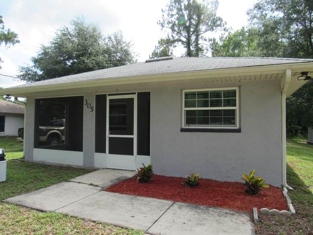 305 Lawrence St, Seville, FL 32190 (MLS #1056118) :: Berkshire Hathaway HomeServices Chaplin Williams Realty