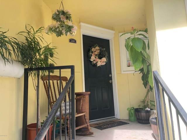 1800 The Greens Way #208, Jacksonville Beach, FL 32250 (MLS #1057284) :: Ponte Vedra Club Realty