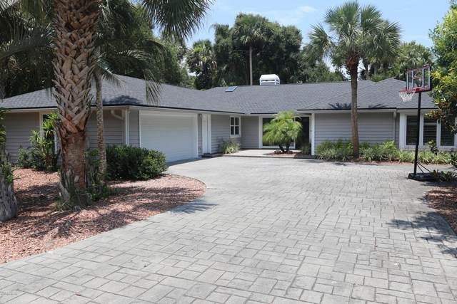 2233 Laughing Gull Cir, Atlantic Beach, FL 32233 (MLS #1057983) :: The Hanley Home Team