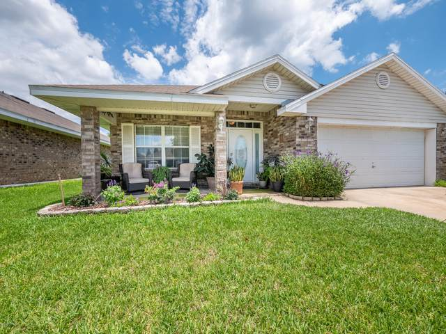 2403 Creekfront Dr, GREEN COVE SPRINGS, FL 32043 (MLS #1058346) :: The Hanley Home Team