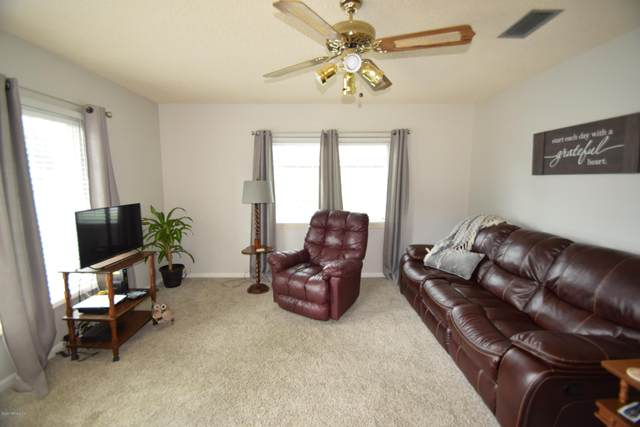 5412 Shore Dr, St Augustine, FL 32086 (MLS #1058456) :: The Newcomer Group